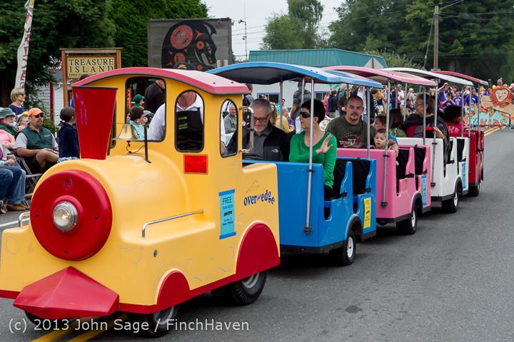 5345 Vashon Strawberry Festival Grand Parade 2013 072013
