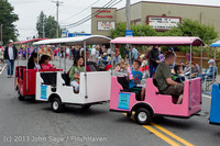 5346 Vashon Strawberry Festival Grand Parade 2013 072013