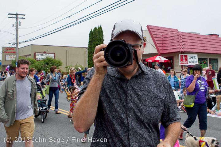 5369 Vashon Strawberry Festival Grand Parade 2013 072013