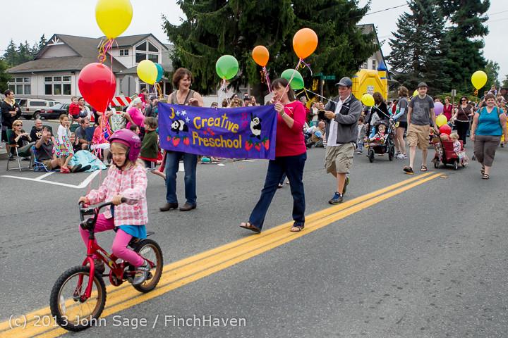 5406 Vashon Strawberry Festival Grand Parade 2013 072013