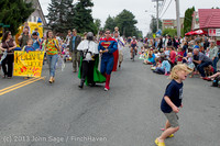 5417 Vashon Strawberry Festival Grand Parade 2013 072013