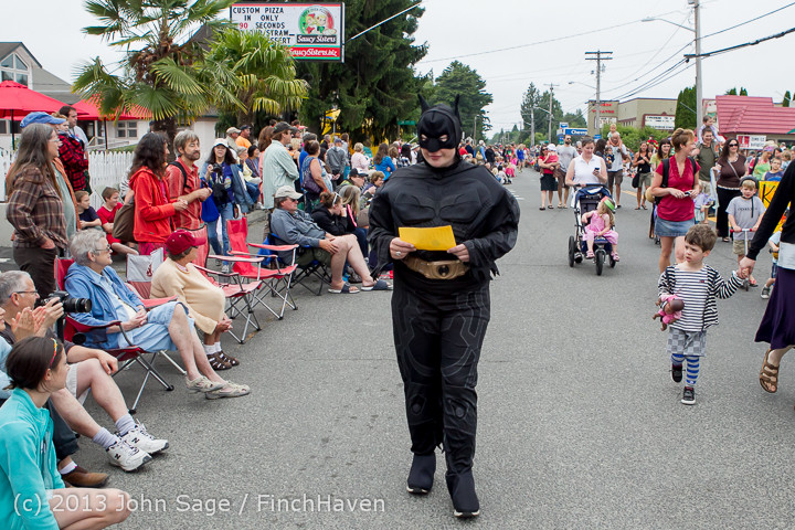 5421 Vashon Strawberry Festival Grand Parade 2013 072013