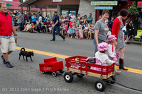 5464 Vashon Strawberry Festival Grand Parade 2013 072013