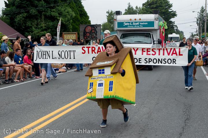 5512 Vashon Strawberry Festival Grand Parade 2013 072013