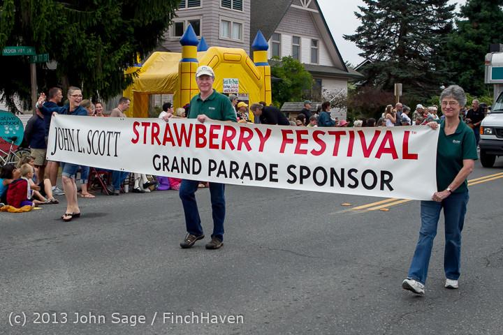 5524 Vashon Strawberry Festival Grand Parade 2013 072013