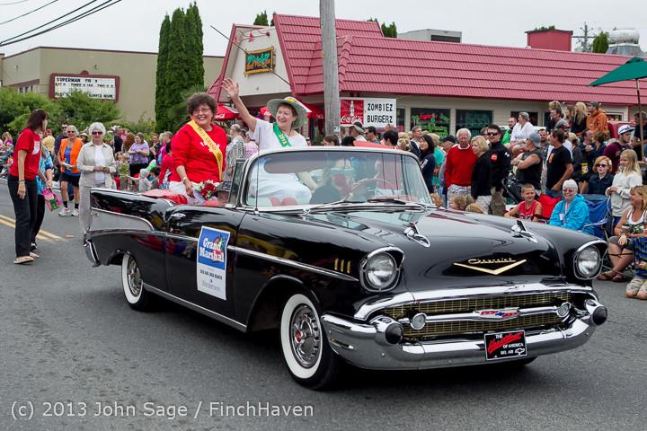 5559 Vashon Strawberry Festival Grand Parade 2013 072013