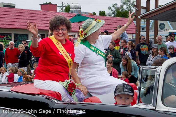 5568 Vashon Strawberry Festival Grand Parade 2013 072013