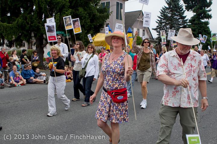 5605 Vashon Strawberry Festival Grand Parade 2013 072013