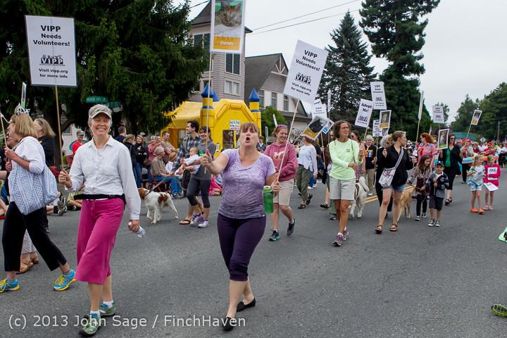5618 Vashon Strawberry Festival Grand Parade 2013 072013