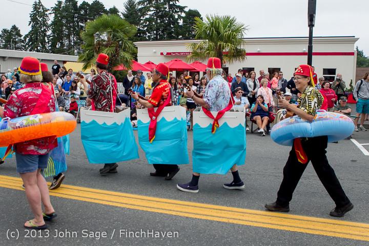5655 Vashon Strawberry Festival Grand Parade 2013 072013