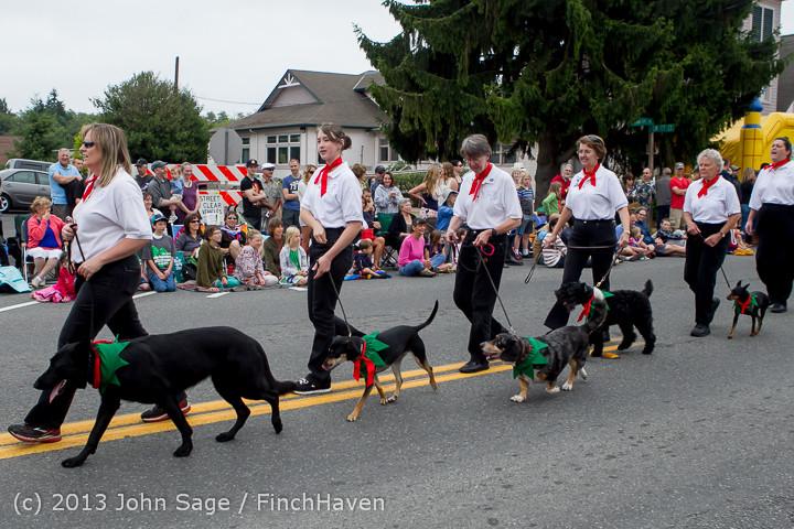 5660 Vashon Strawberry Festival Grand Parade 2013 072013