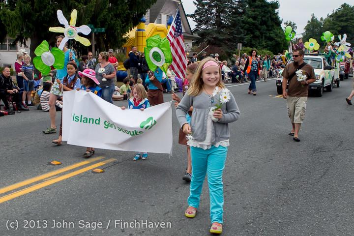 5666 Vashon Strawberry Festival Grand Parade 2013 072013