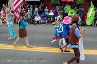 5670 Vashon Strawberry Festival Grand Parade 2013 072013