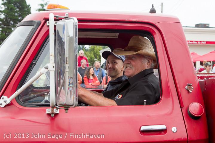 5700 Vashon Strawberry Festival Grand Parade 2013 072013