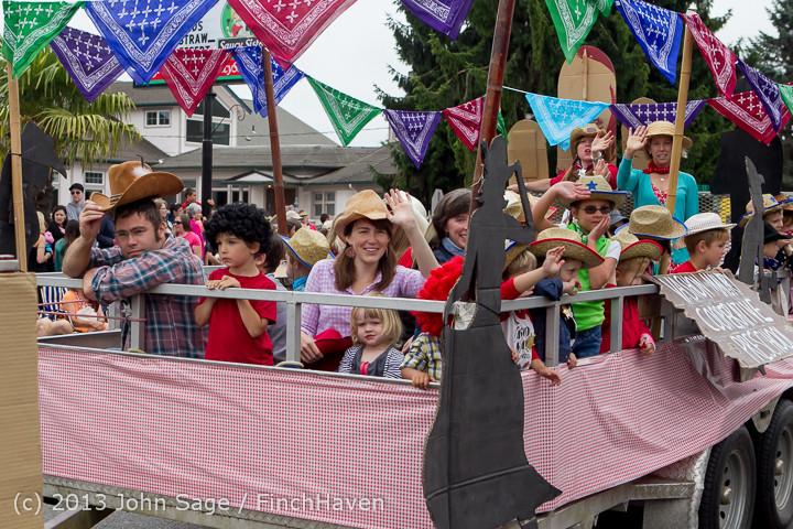 5701 Vashon Strawberry Festival Grand Parade 2013 072013