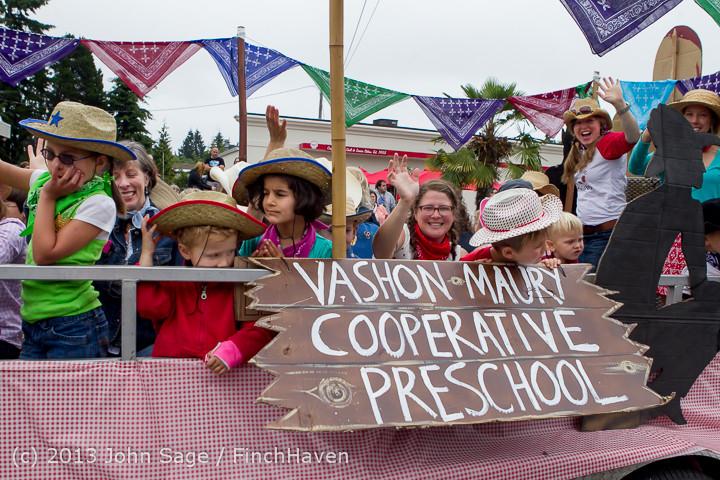 5708 Vashon Strawberry Festival Grand Parade 2013 072013