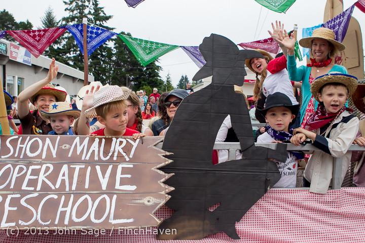 5710 Vashon Strawberry Festival Grand Parade 2013 072013