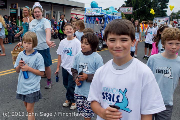 5740 Vashon Strawberry Festival Grand Parade 2013 072013