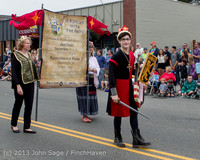 5764 Vashon Strawberry Festival Grand Parade 2013 072013
