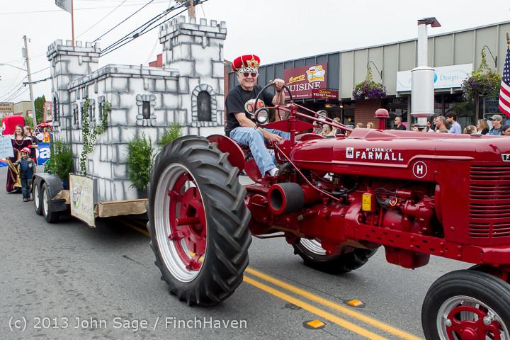 5773 Vashon Strawberry Festival Grand Parade 2013 072013