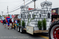 5774 Vashon Strawberry Festival Grand Parade 2013 072013