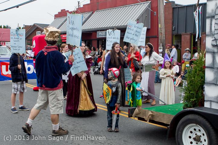 5777 Vashon Strawberry Festival Grand Parade 2013 072013