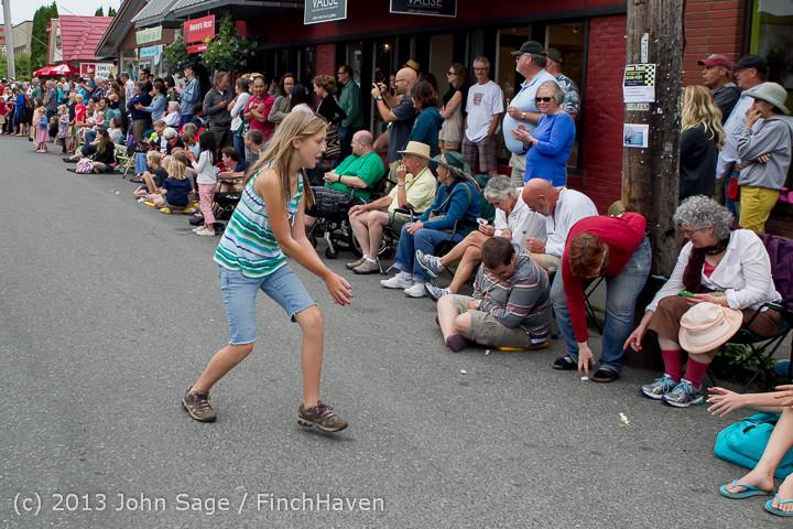 5802 Vashon Strawberry Festival Grand Parade 2013 072013