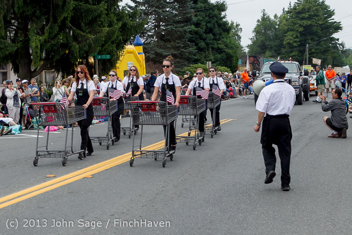 5806 Vashon Strawberry Festival Grand Parade 2013 072013