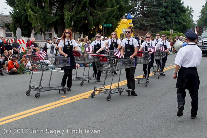 5807 Vashon Strawberry Festival Grand Parade 2013 072013
