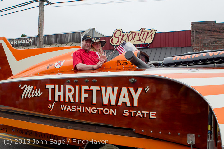 5850 Vashon Strawberry Festival Grand Parade 2013 072013