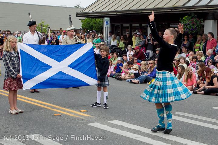 5877 Vashon Strawberry Festival Grand Parade 2013 072013