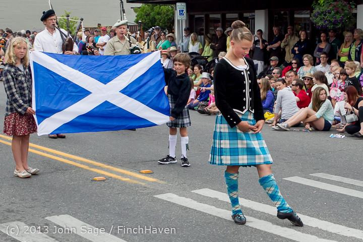 5879 Vashon Strawberry Festival Grand Parade 2013 072013