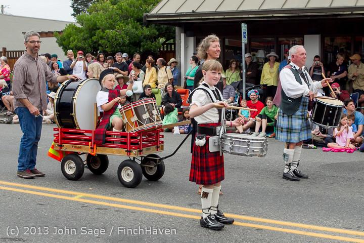 5885 Vashon Strawberry Festival Grand Parade 2013 072013