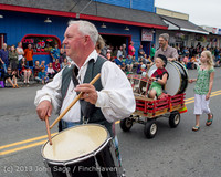 5890 Vashon Strawberry Festival Grand Parade 2013 072013