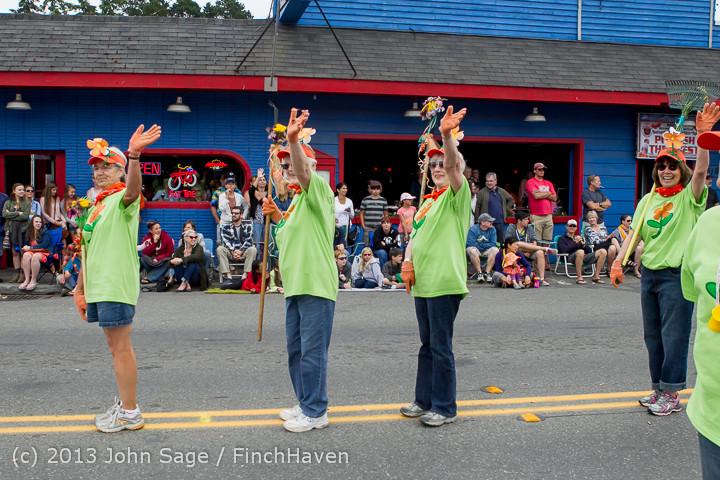 5897 Vashon Strawberry Festival Grand Parade 2013 072013