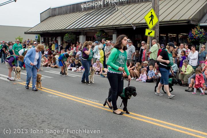 6078 Vashon Strawberry Festival Grand Parade 2013 072013