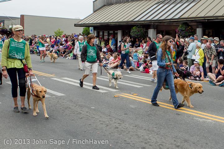6089 Vashon Strawberry Festival Grand Parade 2013 072013