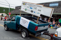6152 Vashon Strawberry Festival Grand Parade 2013 072013