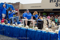 6179 Vashon Strawberry Festival Grand Parade 2013 072013