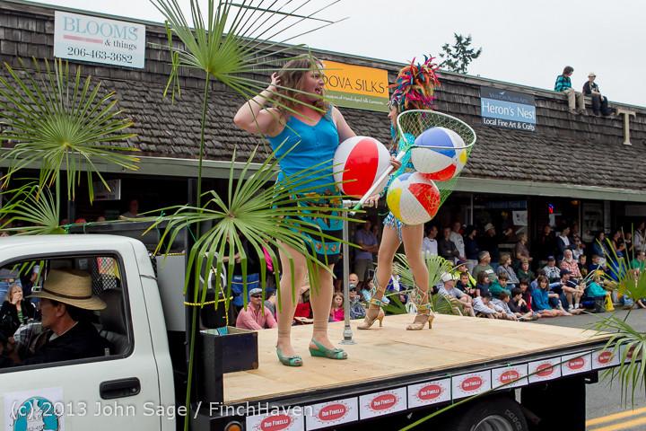 6210 Vashon Strawberry Festival Grand Parade 2013 072013