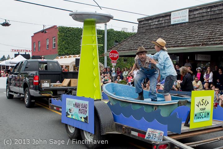 6246 Vashon Strawberry Festival Grand Parade 2013 072013