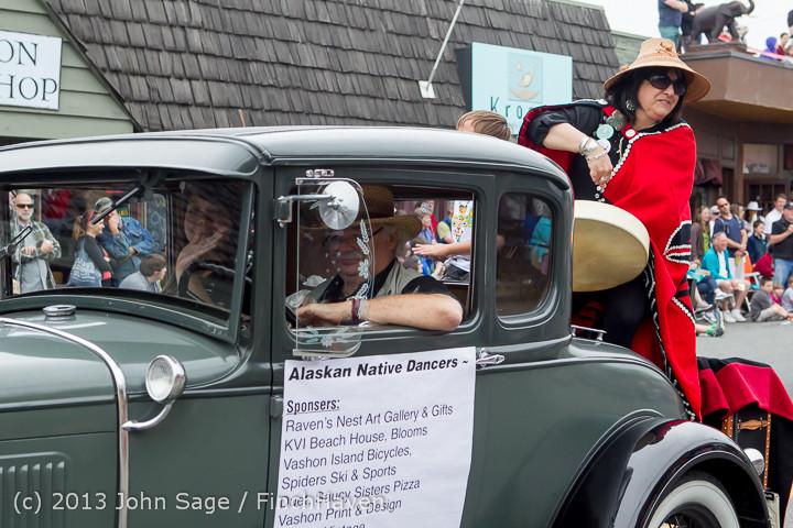 6248 Vashon Strawberry Festival Grand Parade 2013 072013