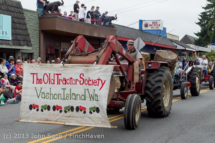 6274 Vashon Strawberry Festival Grand Parade 2013 072013