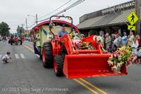 6389 Vashon Strawberry Festival Grand Parade 2013 072013