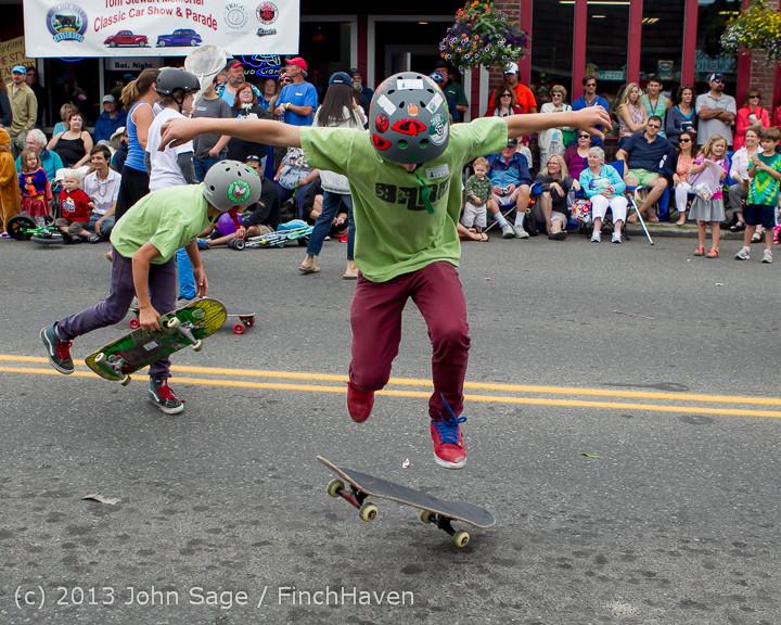 6440 Vashon Strawberry Festival Grand Parade 2013 072013