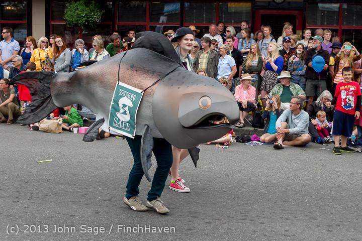 6508 Vashon Strawberry Festival Grand Parade 2013 072013