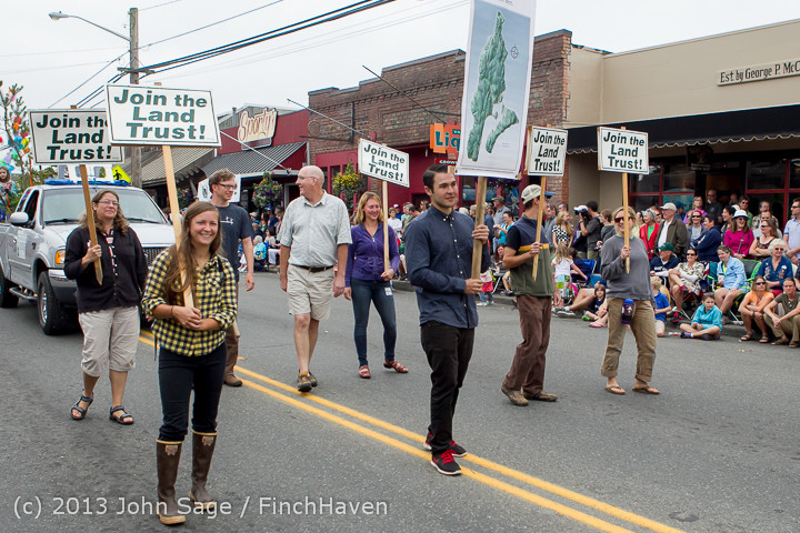 6514 Vashon Strawberry Festival Grand Parade 2013 072013