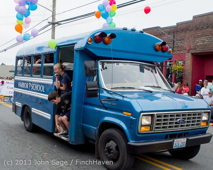 6525 Vashon Strawberry Festival Grand Parade 2013 072013