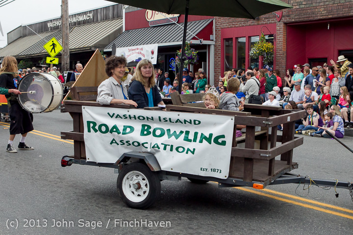 6581 Vashon Strawberry Festival Grand Parade 2013 072013