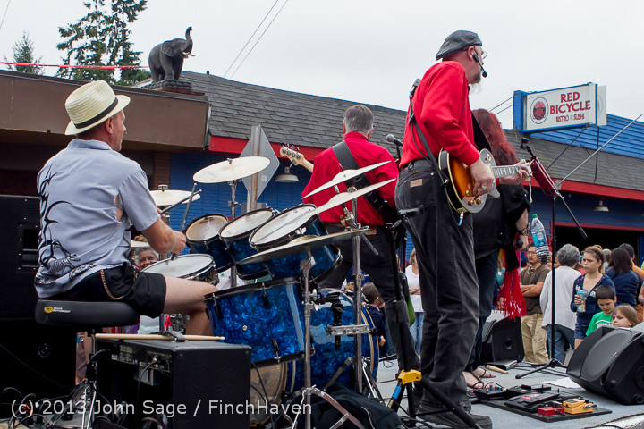 6639 Vashon Strawberry Festival Grand Parade 2013 072013